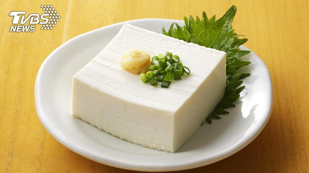 豆腐底部有驚喜。(示意圖/shutterstock達志影像) 全聯買豆腐開盒驚見「可愛畫面」 主婦手刀衝刺