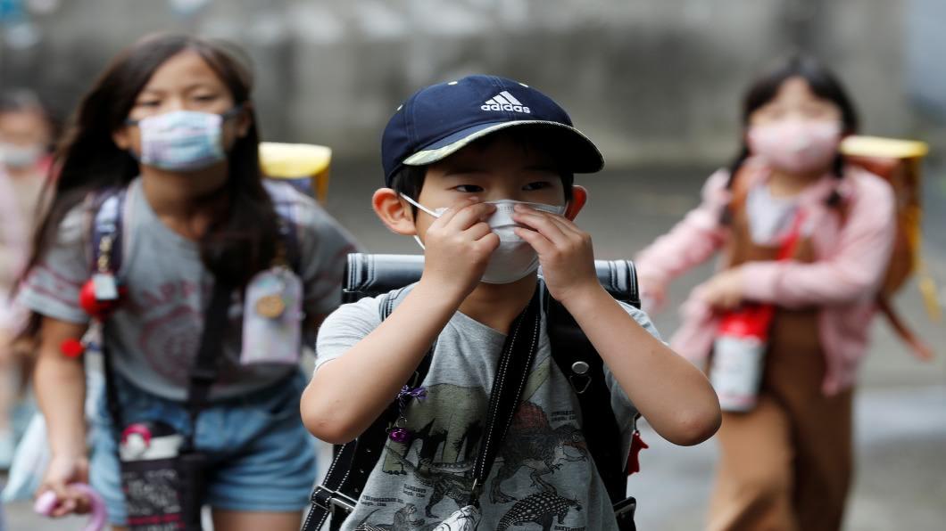 圖/達志影像路透 假期泡湯!日本「防疫假」補課 暑休剩4天