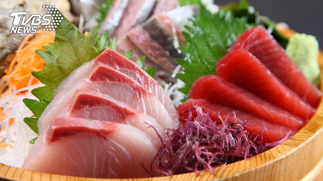 生魚片不能亂吃!(示意圖/shutterstock達志影像) 55歲男爽吃生魚片…4個月後檢查「肝臟少一半」