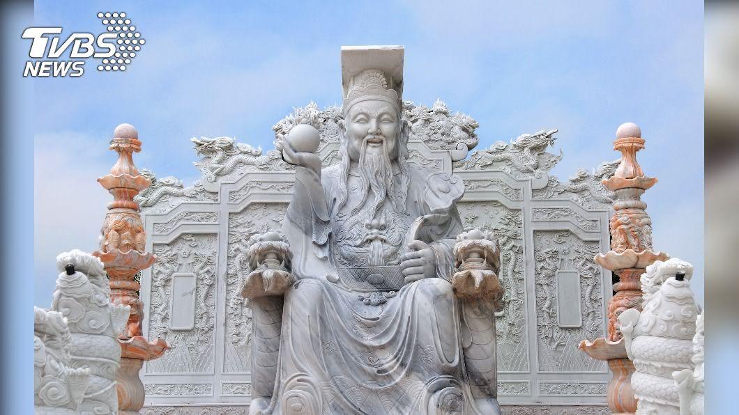 今(26)日是天貺節。(示意圖/shutterstock達志影像) 上半年太衰?今玉皇大帝開天門 快用「4祕法」補運