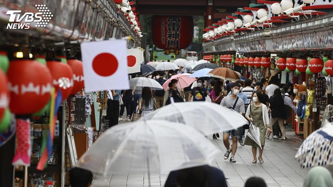 日本東京都2019冠狀病毒疾病疫情持續升溫。(圖/達志影像美聯社) 日本東京疫情再創新高 單日新增逾300例