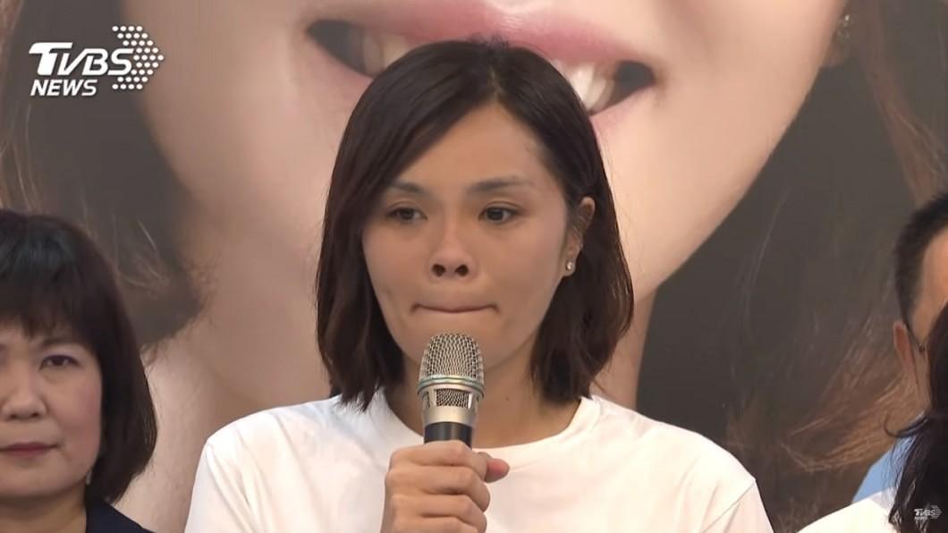 國民黨高雄市議員李眉蓁。(圖/TVBS) 中山大學將撤銷學位 李眉蓁:尊重,對老師感到抱歉