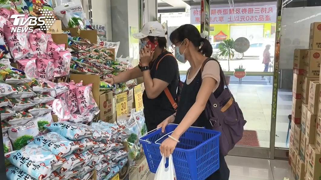 客委會鼓勵持券民眾繼續消費。(示意圖/TVBS) 客庄券使用逾20%預算 客委會:消費權益不受損