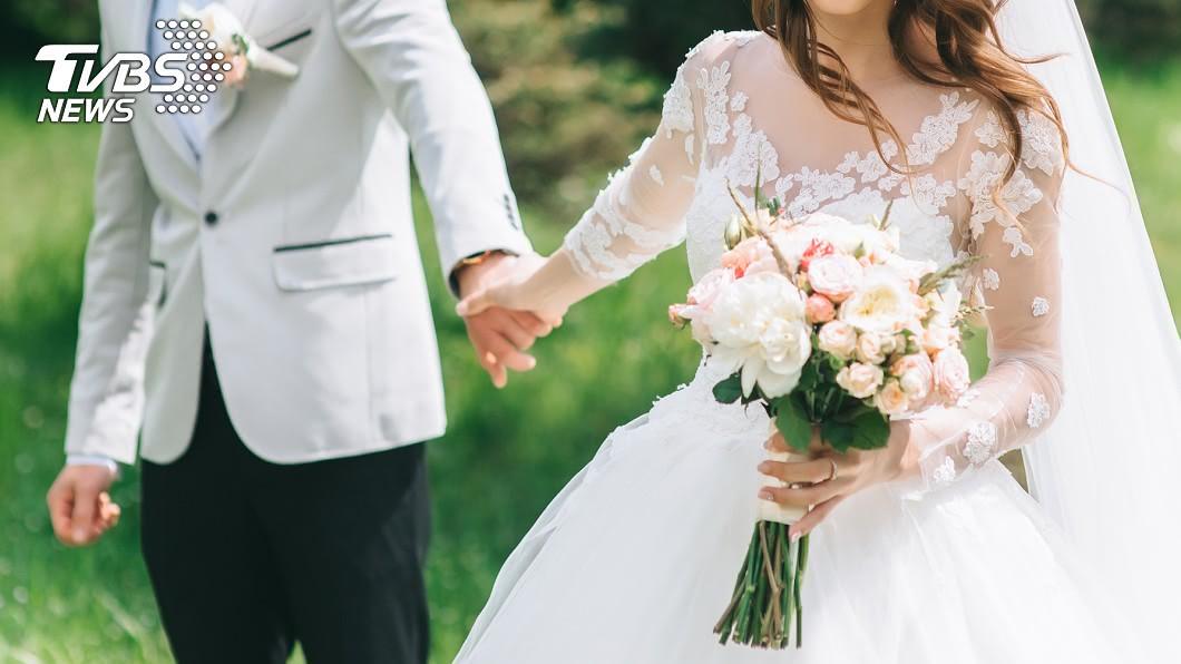 許多人結婚前都會討論關於未來住處!(示意圖/shutterstock達志影像) 鹹酥雞老闆徵婚6福利「與公婆同住」 她:100%扣分