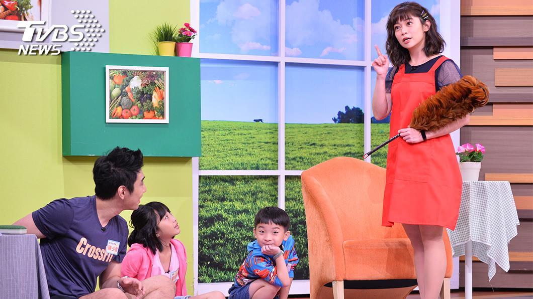 圖/TVBS提供 資深主播變身新人演員!鄭凱云最想跟「哆啦A夢」對戲