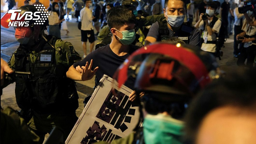 港區國安發上路,香港頻傳警民衝突。(圖/達志影像路透社) 歐盟挺香港人民 宣布限制對港出口鎮壓設備