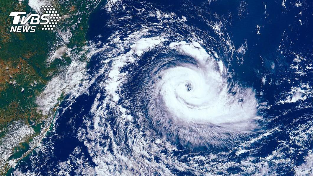 目前已進入7月下旬卻未有颱風生成。(示意圖/shutterstock達志影像) 準備變天!此日起全台有雨 專家:颱風搖籃蠢蠢欲動