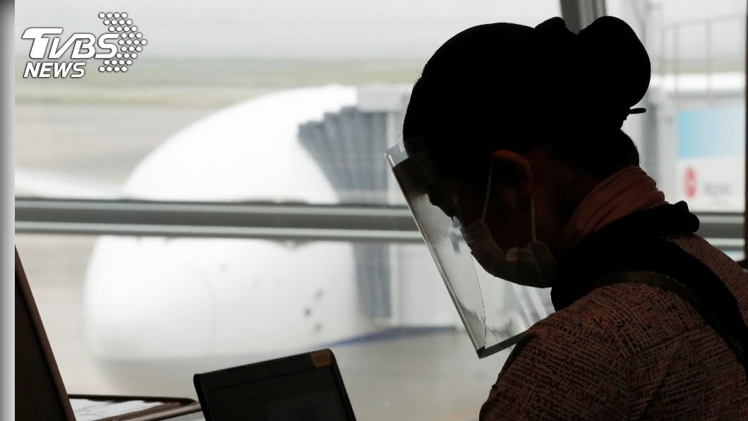 8月5日起有條件允許這些外籍人士再入境日本。(圖/達志影像路透社) 日本鬆綁管制措施 8/5起持居留權外國人可再入境