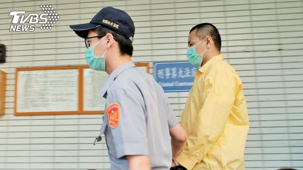 (圖/中央社資料照) 弒母斷頭案獲無罪責付衛生局 男子輕聲說「謝謝」