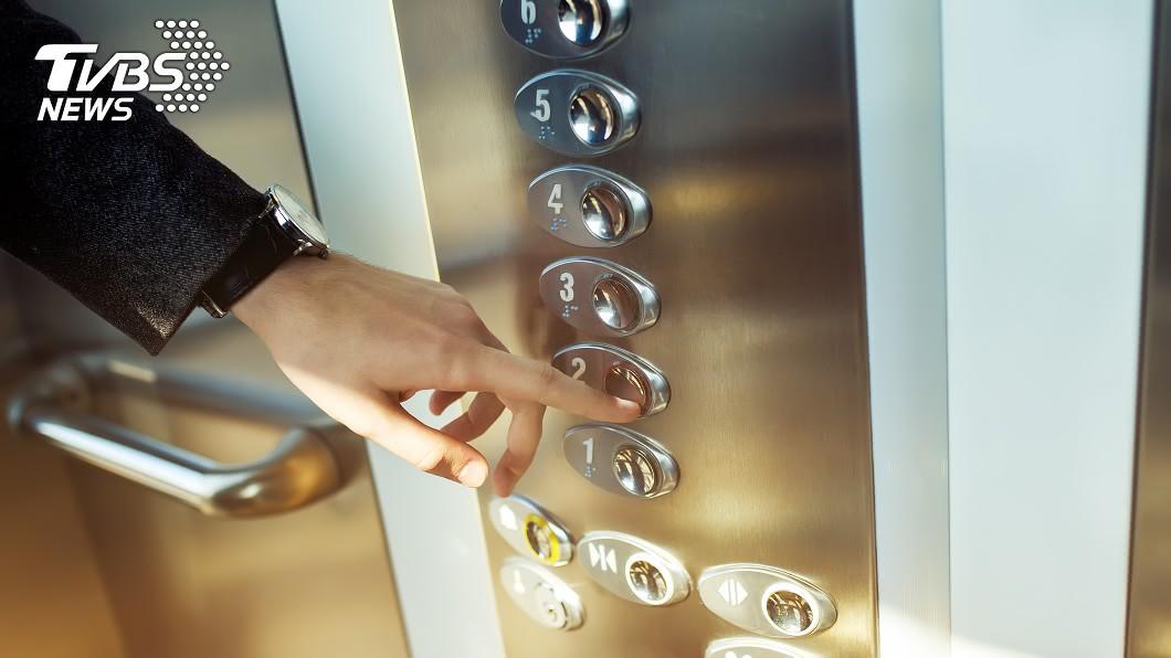 你覺得合理嗎?(示意圖/shutterstock達志影像) 社區電梯「按次計費」…住戶傻眼 網驚:真會做生意