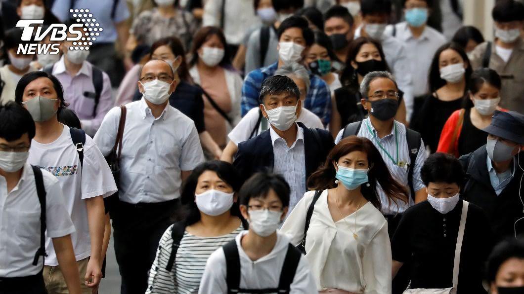 東京今(31日)創下單日新增感染人數新高。(圖/達志影像路透社) 再破紀錄!東京疫情嚴峻 單日確診暴增4百多人