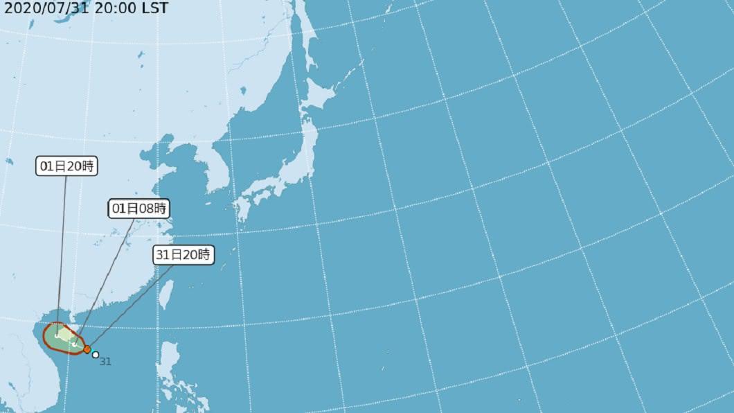 氣象局發布南海生成一熱帶性低氣壓,預估1日清晨有機會生成今年第三號颱風「辛樂克」。(圖/翻攝自中央氣象局官網) 明晨恐生成今年第3號颱風!周日起影響台灣