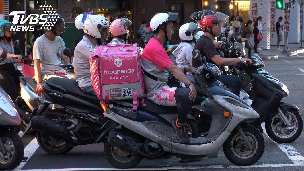 台北市民以機車代步現象。(示意圖/shutterstock 達志影像) 住台北機車是交通工具「首選」?網狂勸:超浪費
