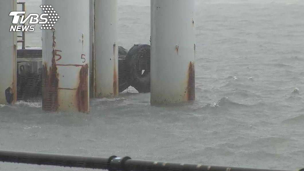 颱風哈格比外圍環流影響,北北基已發布豪雨特報。(圖/TVBS) 哈格比風雨「最劇時刻」開始 北北基桃升級豪雨特報