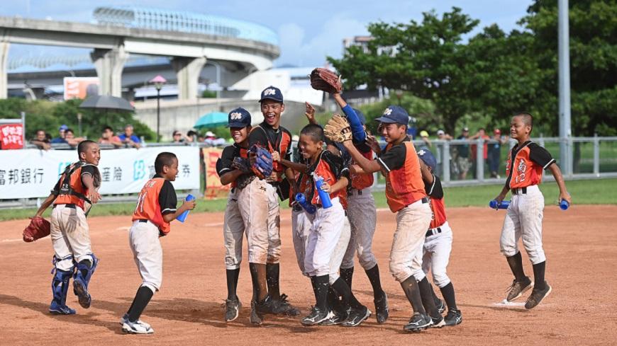 守下好球 愛護地球! 富邦盃U12 少棒選手永續小尖兵 減塑愛地球
