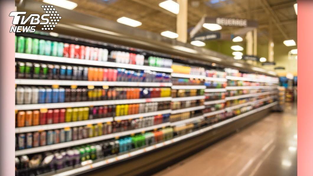 (示意圖/shutterstock達志影像) 偷喝大賣場飲料還放回!少年囂張炫耀「當自己家」
