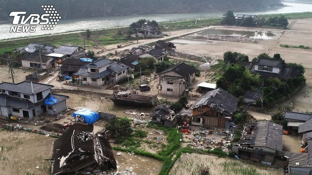 (圖/達志影像美聯社) 日豪雨連下29天史上最長 安倍指示千億助重建