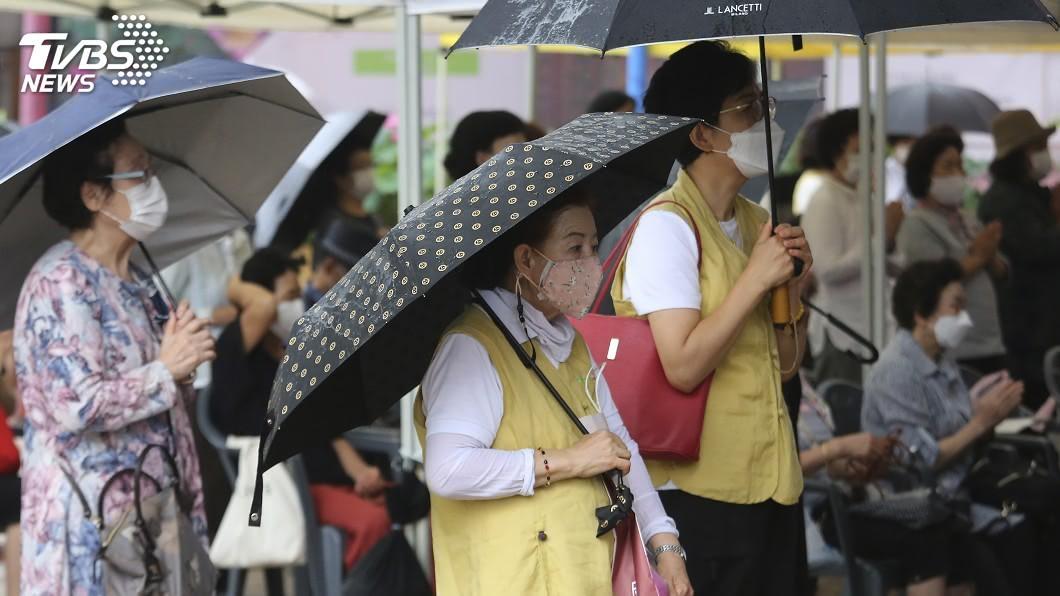 韓國確診感染2019冠狀病毒疾病新增33例。(圖/達志影像美聯社) 韓國武漢肺炎確診增33例 社區感染難防堵