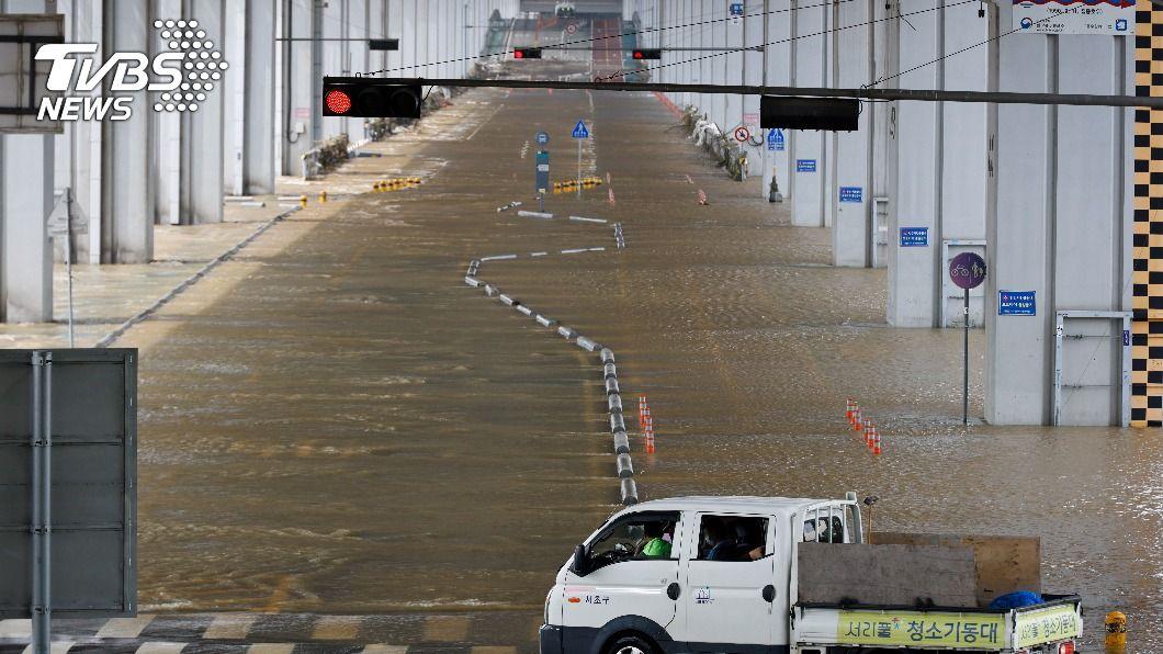 (圖/達志影像路透社) 韓國暴雨逾千人受災 政府擬列特別災區救災防疫