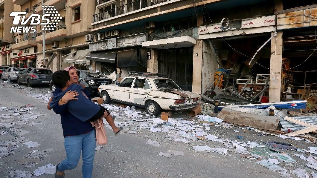 黎巴嫩貝魯特港區大爆炸造成慘重死傷。(圖/達志影像路透社) 海關6度要求轉讓! 黎巴嫩政府「已讀不回」釀慘痛悲劇