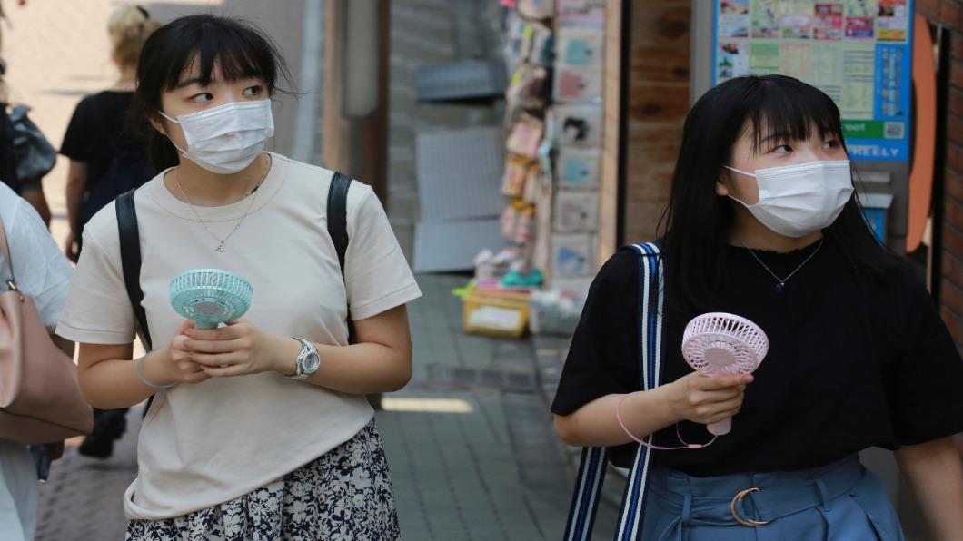 圖/達志影像美聯社 中暑症狀神似新冠 日猛暑添醫療負擔