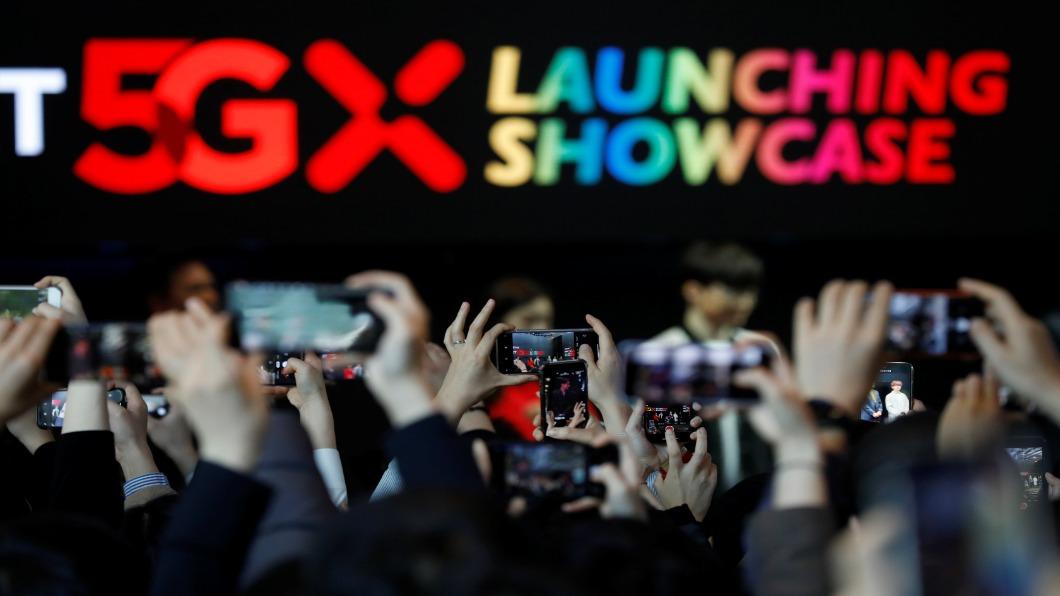 圖/達志影像路透 速度慢.連線不穩!南韓「龜速5G」惹怒用戶