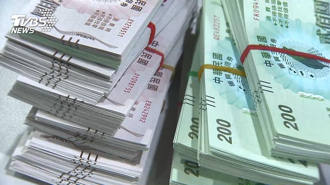 台南市警局將對裁定不罰的三倍券仿冒案提起抗告。(示意圖。圖/TVBS資料畫面) 台南議員揭仿冒三倍券裁定不罰 市警局將提抗告