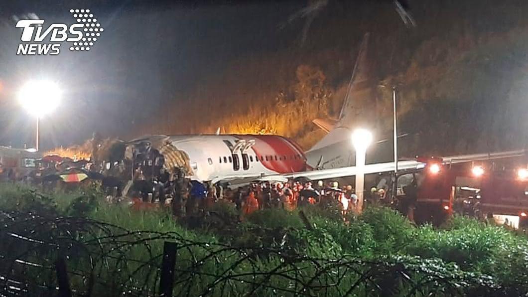 (圖/達志影像美聯社) 印航撤僑專機空難 驚傳26名救援人員確診新冠