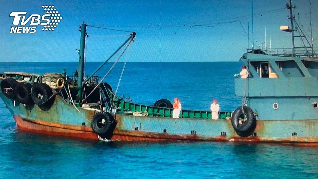 台中海巡查獲陸籍油船 體溫正常全員遭扣留