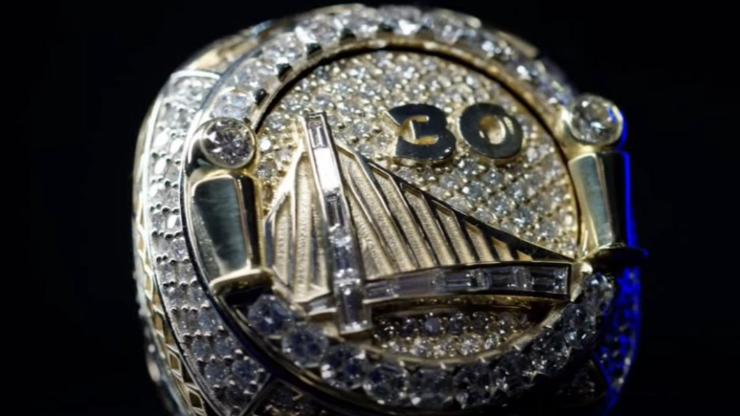 圖/翻攝自Golden State Warriors YouTube NBA總冠軍戒做工細緻 鑽石黃金都要特定等級