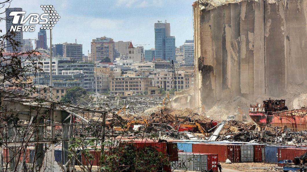 (圖/達志影像美聯社) 貝魯特大爆炸重創港口 黎巴嫩兩週後恐無麵包吃