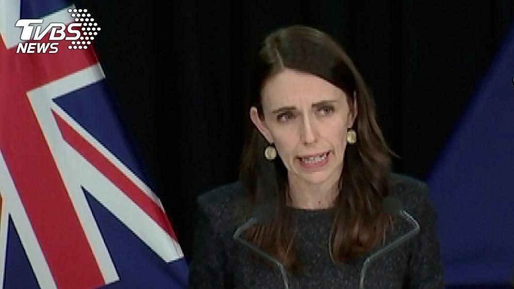紐西蘭總理阿爾登。(圖/達志影像美聯社) 紐西蘭爆群聚感染再祭封鎖令 阿爾登延後選舉程序