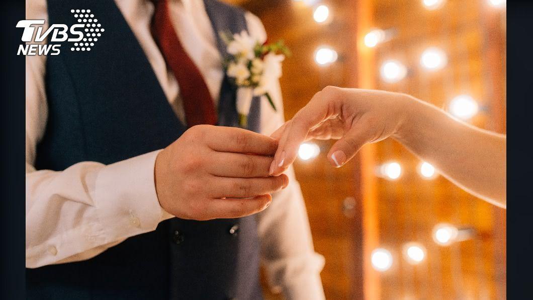 未來男女只要滿18歲即可自主結婚。(示意圖/shutterstock達志影像) 滿18歲可自主結婚!「男女年齡皆下修」施行時間曝