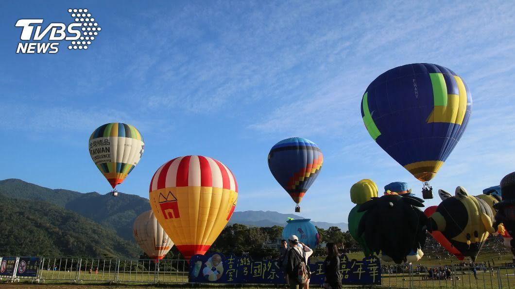 (圖/台東縣政府提供) 台東熱氣球活動人潮多 警方規劃散場替代道路