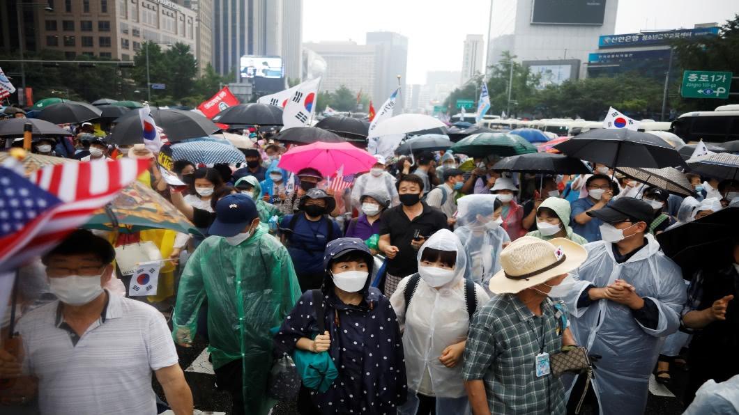 圖/達志影像路透 首爾教會爆大型群聚!牧師阻礙疫調遭告