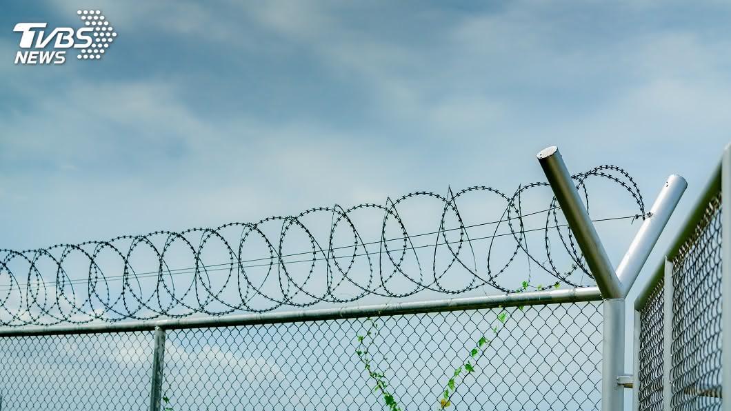 (示意圖/shutterstock 達志影像) 陸籍男子企圖走私軍用艇 在美定罪恐關15年