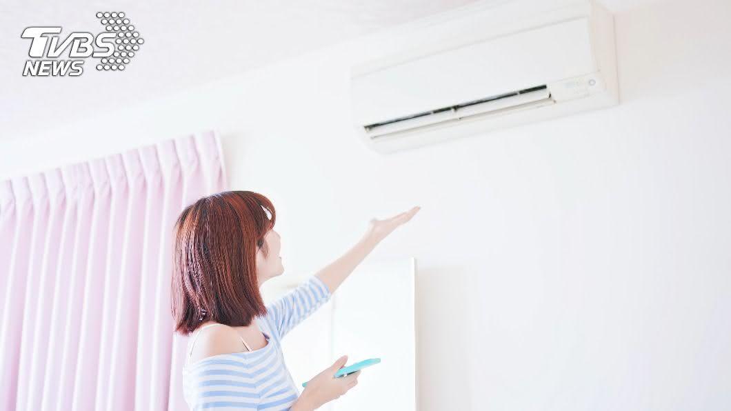 暖心房東霸氣幫房客換一級變頻冷氣。(圖/shutterstock達志影像) 電費爆噴4千!房東霸氣換「一級變頻冷氣」網全羨炸