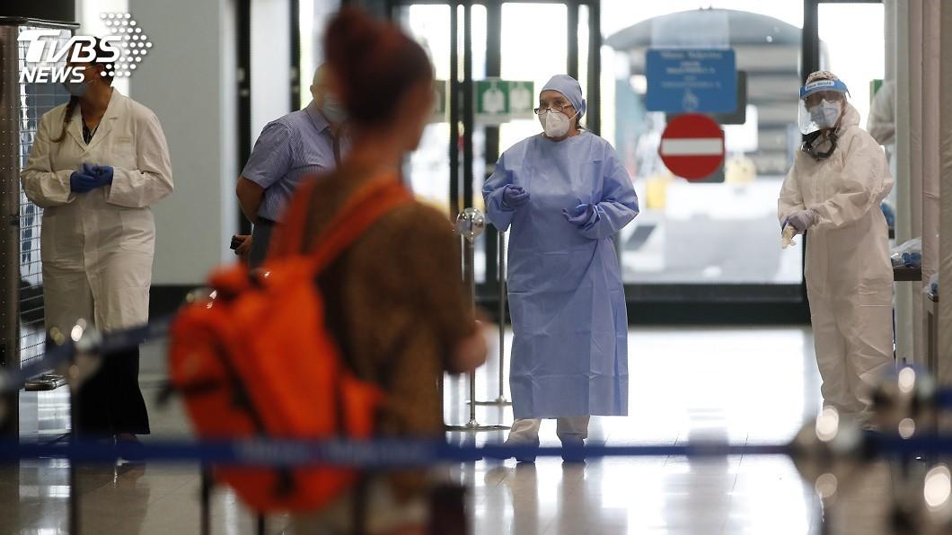 義國新增845起2019冠狀病毒疾病病例。(圖/達志影像美聯社) 義大利新增845起武漢肺炎病例 5月解封後新高