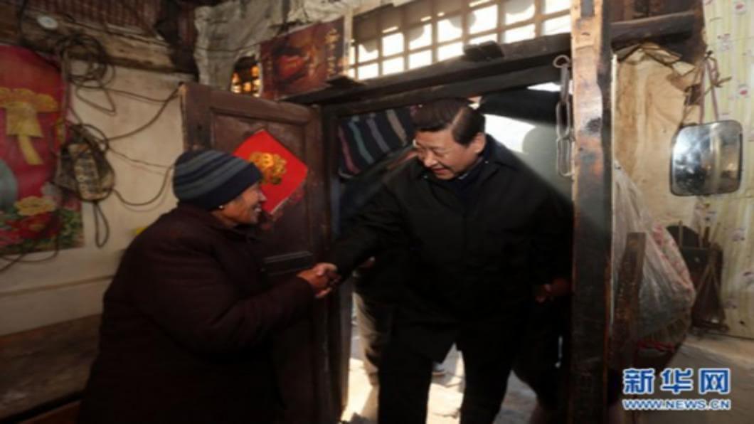 圖/翻攝自 新華網 洪災重創重慶主城區 李克強直搗災區視察