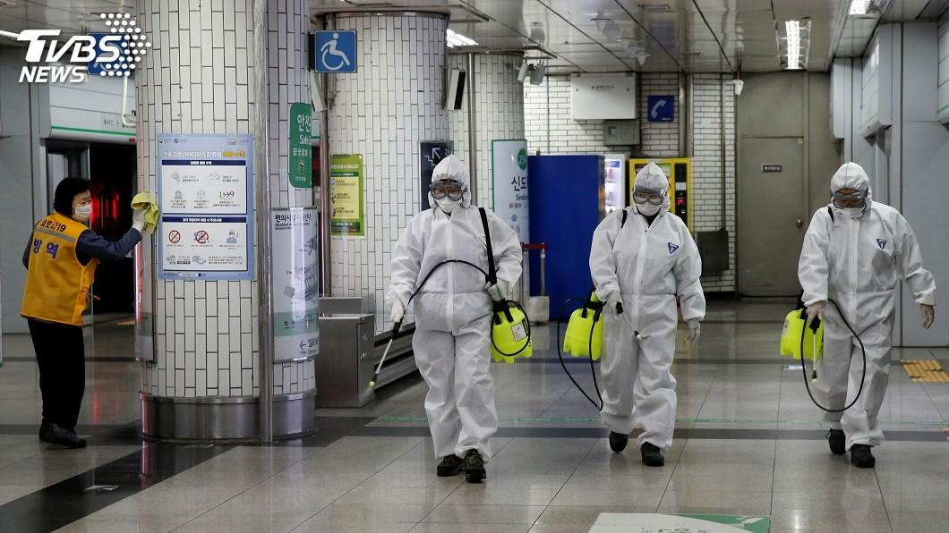 (圖/達志影像路透社) 大企業、地鐵站都爆確診 韓國單日新增破300例