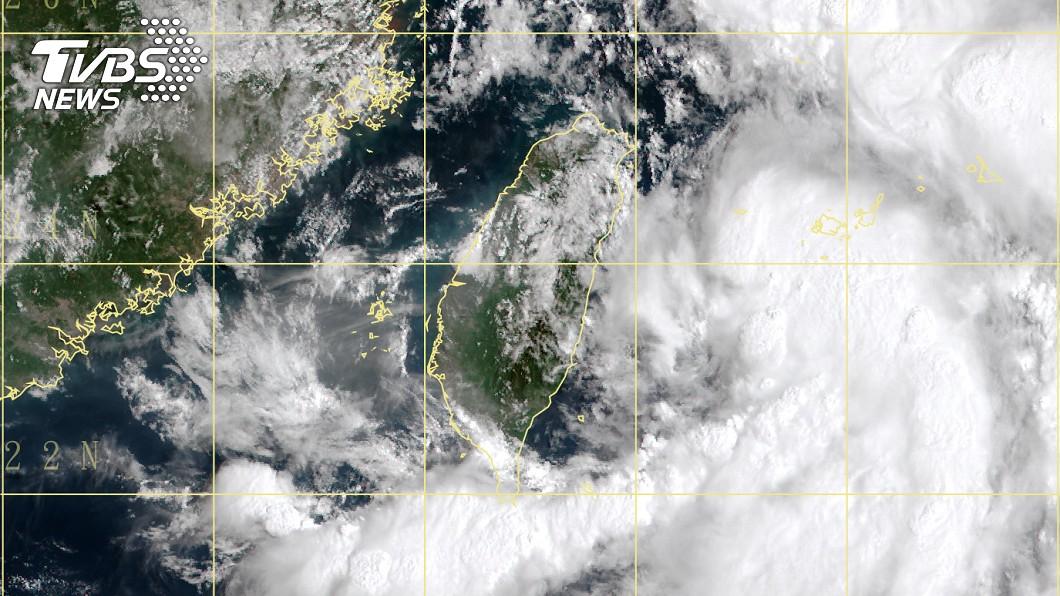 圖/翻攝自中央氣象局 巴威颱風生成!今日最靠近台灣 氣象局:10點半發海警