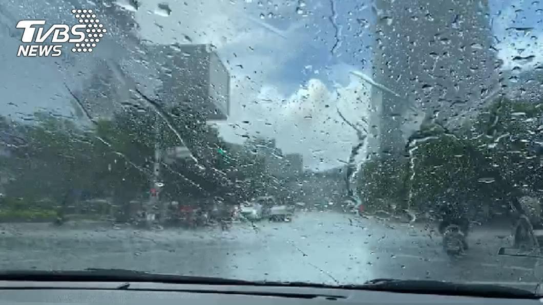 (示意圖/TVBS資料畫面) 又有颱風!東北季風+水氣 下週低溫雨彈襲台