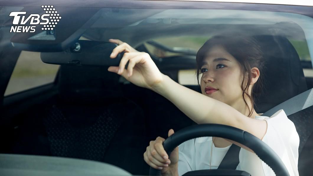 新手駕駛上路。(示意圖/shutterstock達志影像) 新手駕駛不敢開車!網推「此路」練習:順暢代表技術佳