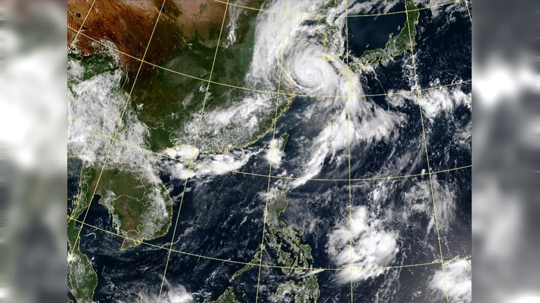 巴威颱風已逐漸遠離台灣,但專家表示,(圖/翻攝自中央氣象局) 颱風「梅莎」恐生成!氣象專家:預報路徑相當接近台灣