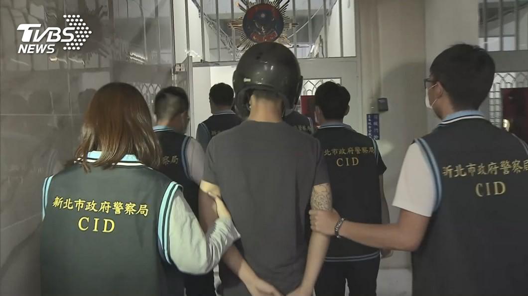(圖/TVBS) 酒店經紀為搶生意引糾紛 男遭毆慘死棄屍越堤道