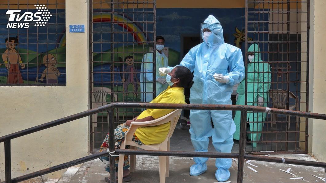 (圖/達志影像美聯社) 印度連8天單日新增6萬人染疫 全球疫情最新情報