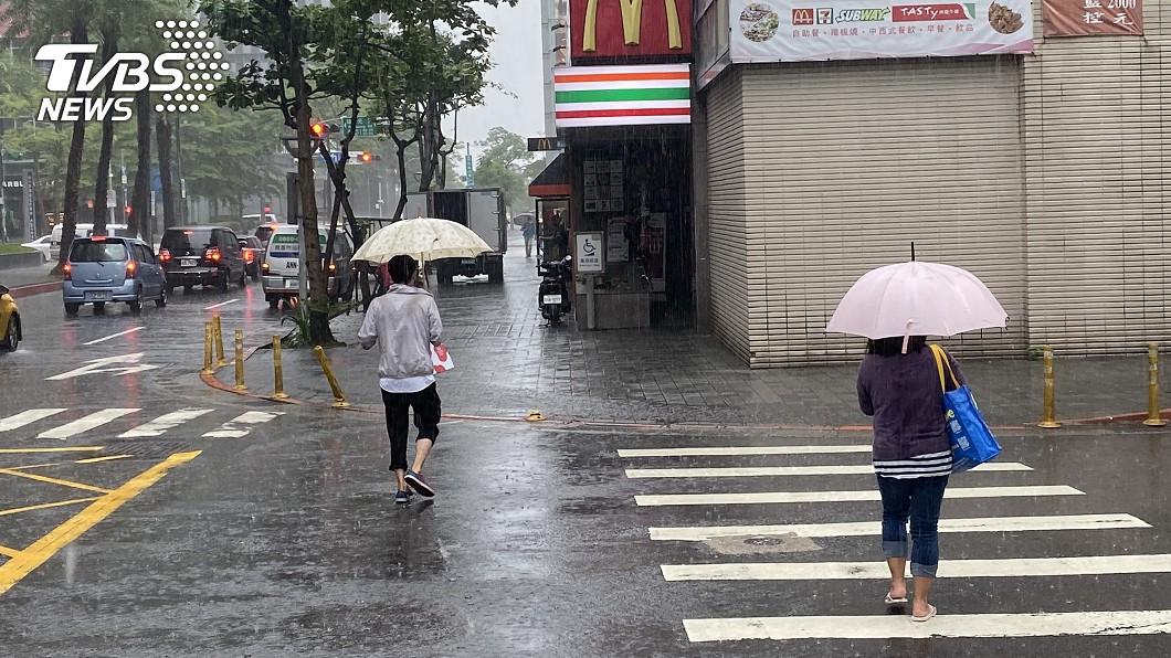 (示意圖/TVBS) 入秋鋒面來襲「颱風季已過」? 專家提醒:9月仍是旺季