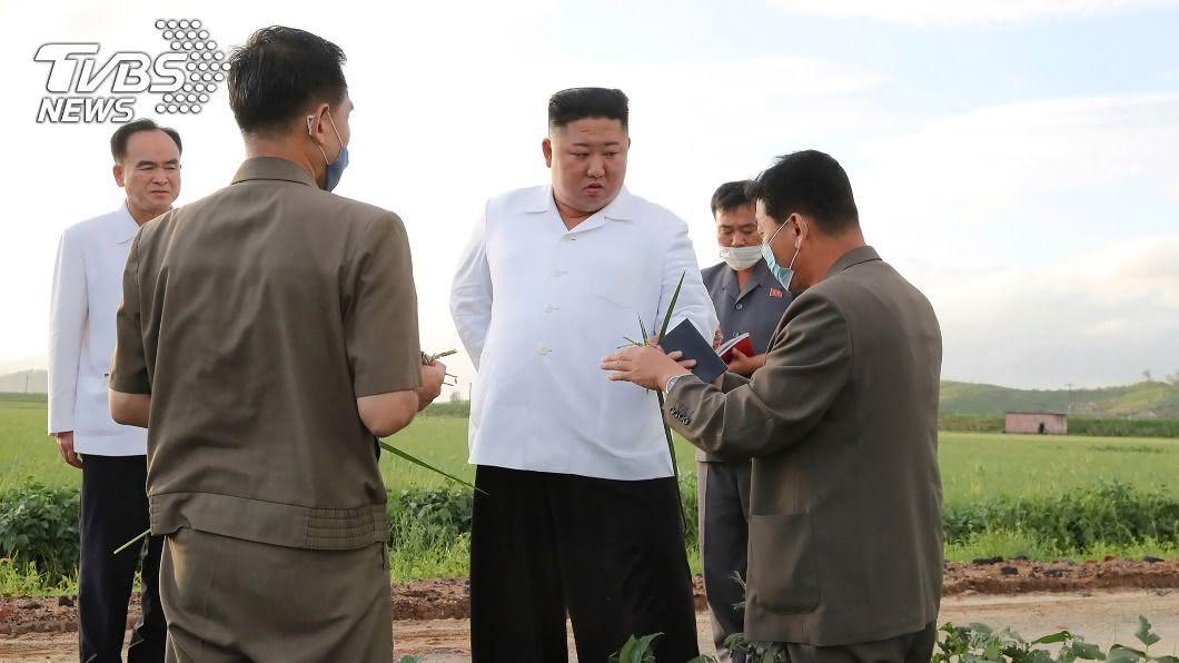 圖/達志影像美聯社 「巴威」重創北韓! 金正恩災後視察最大糧倉