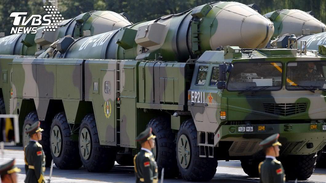 (圖/達志影像路透社) 中國向南海發射4枚飛彈 美媒:警告美航艦離遠點