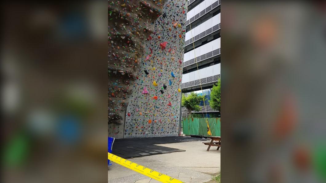 內湖運動中心攀岩場。(圖/台北市體育局提供) 女攀岩疑未繫好安全扣墜地亡 北市府:配合釐清原因